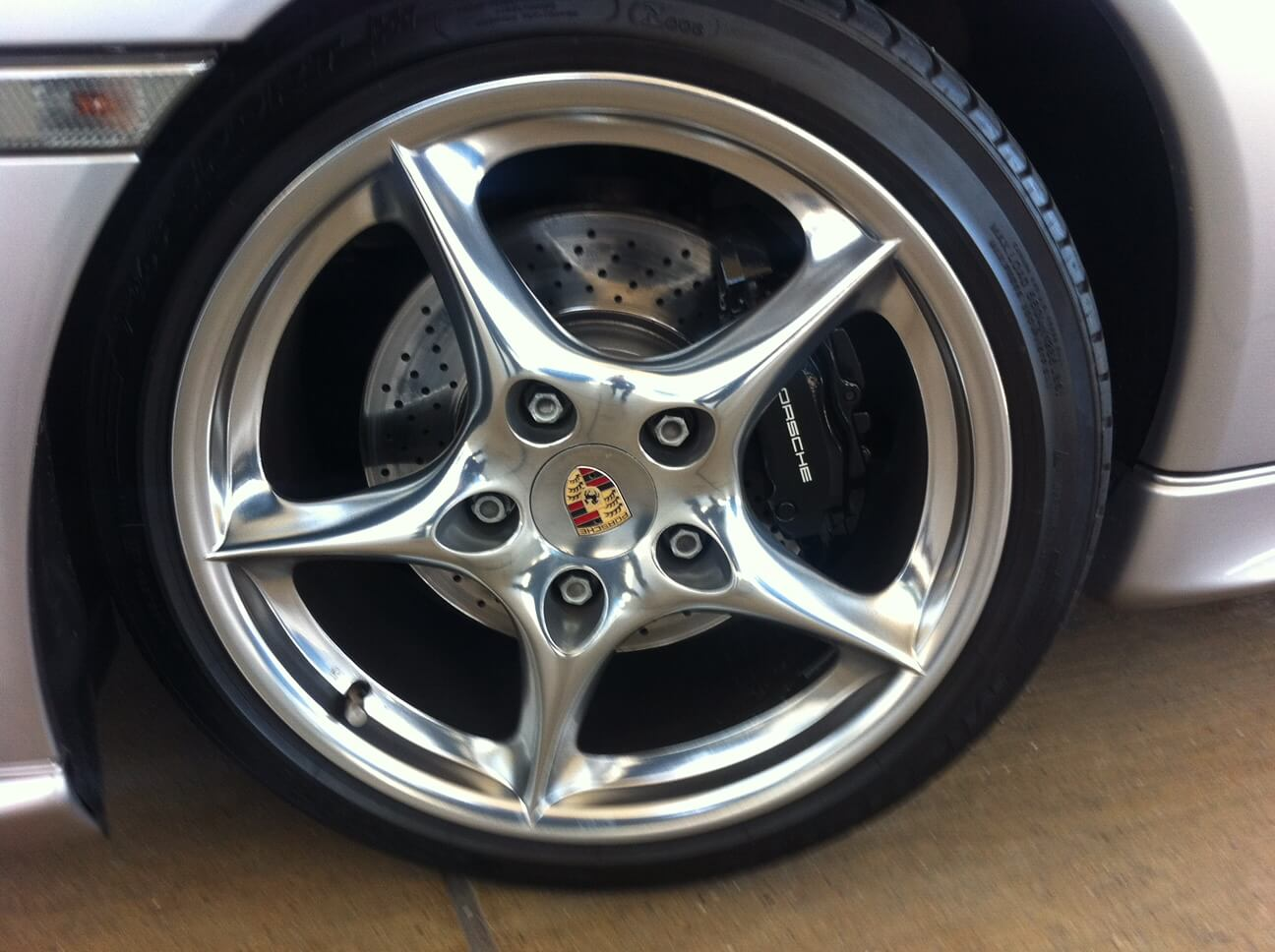 Porsche-996-Carrera-Nr62-B02